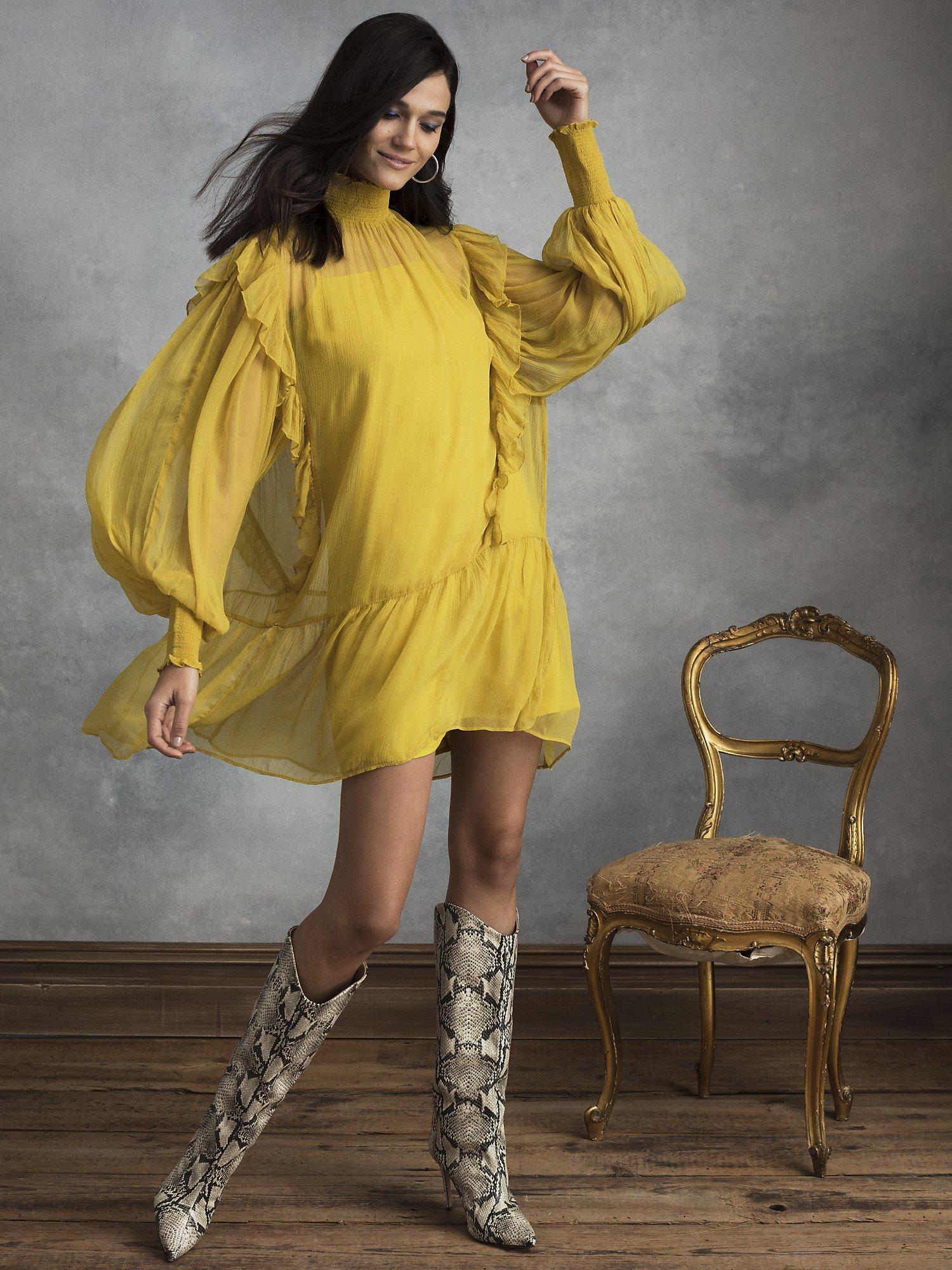 70s Dresses – Disco Dress, Hippie Dress, Wrap Dress Womens Jolie Ruffled Dress in Antique Moss  Size X-Large  Polyester by HappyxNature $74.00 AT vintagedancer.com